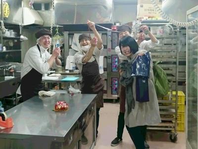 製菓コンテスト入賞をめざす仲間が多いんです!志の高い仲間と切磋琢磨できる職場ですよ