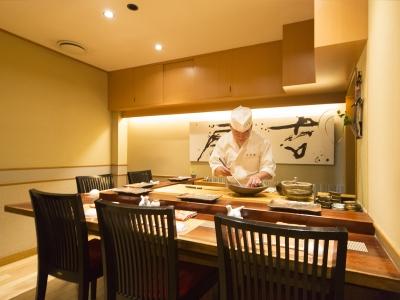 週1日~、1日4h~勤務OK!銀座にある、お寿司屋さんでアルバイトしませんか♪