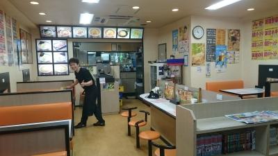 全国規模で展開するラーメン店「めん丸」で、料理人デビューしませんか。