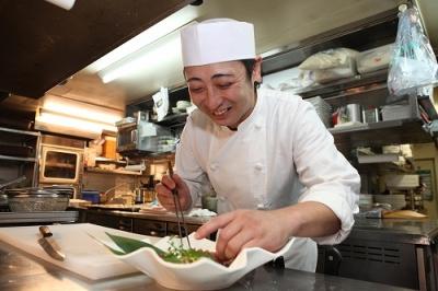 カラオケ業界のリーディングカンパニー「株式会社第一興商」が展開する飲食店です。