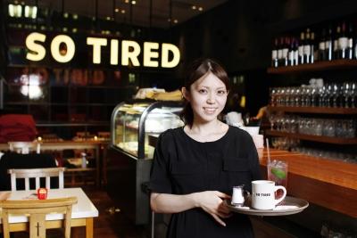 【丸の内ほか】さまざまなカルチャーを体験できるカフェダイニング♪未経験歓迎のホールスタッフ募集!東京駅からスグ☆仕事帰りにショッピングも!