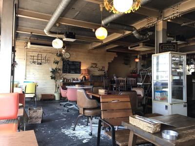 大阪・中崎町にあるアメリカンレトロなカフェで働きませんか?