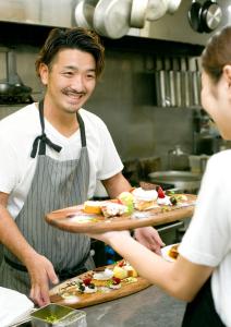 愛知エリアのゲストハウス、カフェ&ウエディングでキッチンスタッフとしてご活躍を!