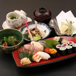 職人が厳選した食材を使った握りが自慢の「華昌すし」で、寿司職人を募集。