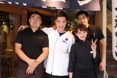 東京のほか、広島・神奈川・山口・沖縄に28店舗を展開する焼肉・ステーキ店。店長候補として活躍しよう
