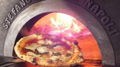 新宿にある「PIZZERIA CAPOLI (ピッツェリア カポリ)」で、料理長候補としてご活躍を!