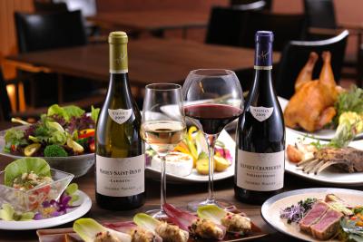 ワインにあうイタリアンをお箸で気軽に召し上がっていただくコンセプトのレストランです
