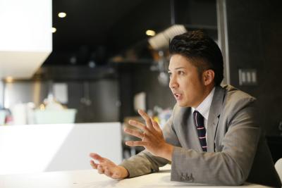 <東証一部上場>全国47都道府県に直営220店舗・FC190店舗チェーン展開し、11期連続増収増益。
