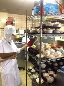 週3日~・1日2時間~スキマ時間を有効に使えるアルバイト★病院給食の調理補助のお仕事です!朝のみ、夜のみもOKだからプライベートとの両立もしやすいですよ♪
