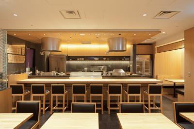 大正時代から続く老舗の天ぷら店。北海道から福岡まで全国に39店舗(デリカ店含む)を展開中です。
