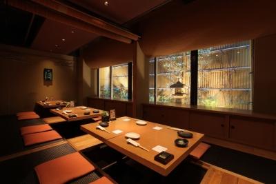大阪市内に5店舗ある「旬魚菜 よし田」で、楽しく働こう♪