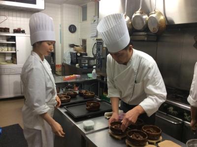 幅広いジャンルの調理経験をもつ「料理のプロフェッショナル」へと成長できる!