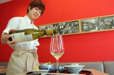 老舗の天ぷら店でホールスタッフとして活躍しよう!