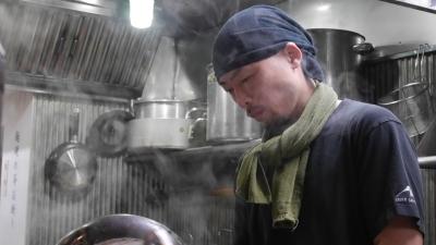 料理人としての技術がないイチからのスタートで、ここまで成長してきた店主平松さんから学ぶことは多いはず
