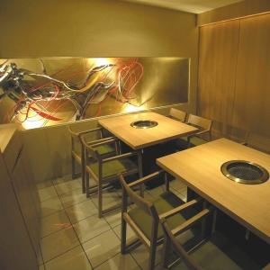 南青山にある、マニアもうならせる焼肉店「よろにく」で調理スタッフとしてご活躍ください!