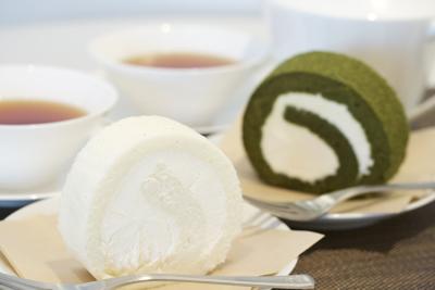 東京・大阪を中心にパンやスイーツを製造・卸売・小売を行う企業。流通拡大につき、管理スタッフを募集!