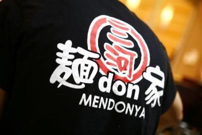 「三河麺don家」は、北海道から九州まで展開するパチンコ・パチスロ店「がちゃぽん」に併設しています。
