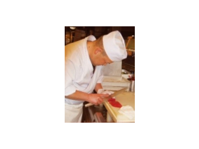 旬の食材を使った和食が学べるキッチンスタッフ(料理長候補)の募集。自分のお店を持ちたい方歓迎です!