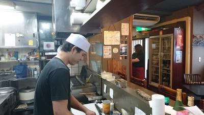 50年続く和食居酒屋「鳥よし」!焼鳥が人気メニュー♪楽しく働けるアットホームなお店。
