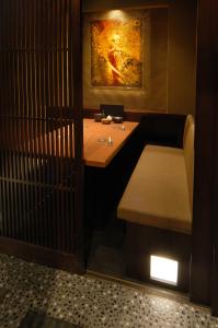 千葉県内にある3店舗で、ホールスタッフを募集しています!