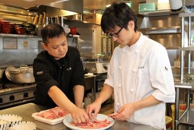 <愛知県内6店舗>未経験歓迎!月8休も可◎選べる休日制度で働きやすさもUP!さらにセントラルキッチンも完備し「松庵グループ」独自の研修制度で、若手が成長中!