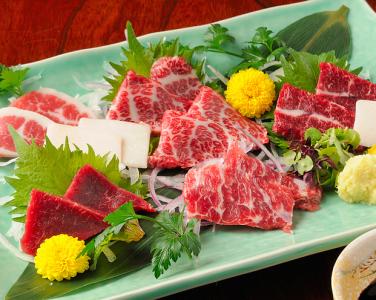 本場・熊本から直送の鮮度抜群の桜肉が自慢!銀座にある桜肉料理専門店で働きませんか?