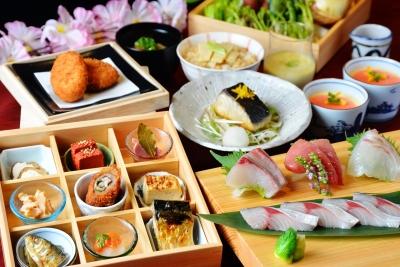 地元九州の食材を中心に、日本全国のおいしいものをご提供。調理経験を活かせますよ!