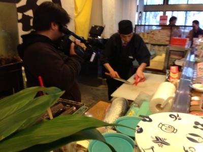 名古屋国際会議場近くで、18年も愛され続けている『回転寿司処 角』。名駅エリアに新店舗を出店します!