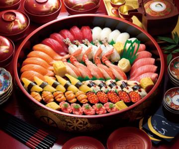 宅配寿司などで全国に多店舗展開する大手企業。スピード感あるキャリアアップが目指せます!