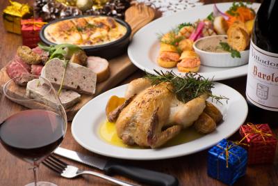 イタリアンやフレンチなど、一つのジャンルにとらわれない料理を提供しています!