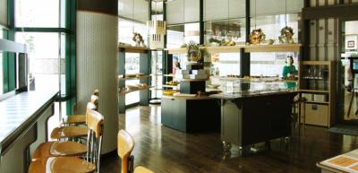 ホテル1階にあるベーカリー&カフェ「OH ! PAL」