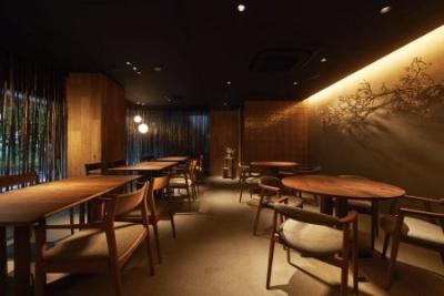 著名建築家が設計し、有名デザイン会社が内装を施した、オンリーワンの高級感あふれる和食店。