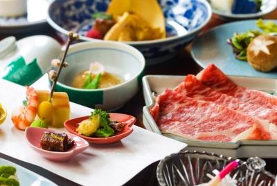 信州で取れた旬の食材を使った信州会席料理を提供しています
