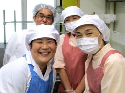 病院・老人ホームなど計15施設で、調理師として食事サポートをお任せします。
