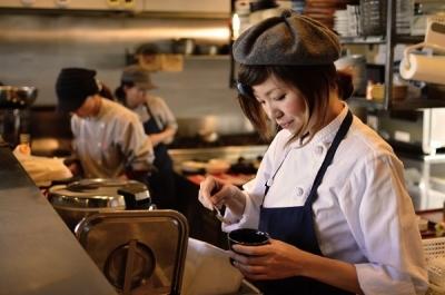 <愛知県内カフェ4店舗>出店にあたり新たにキッチン募集!オシャレなお店を目指して急成長中!成長企業ならではの手厚い待遇と幅広いキャリアプラン◎未経験歓迎!