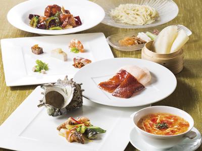 日本を代表する老舗ホテルブランドで、世界に通用する調理スキルを身につけよう!