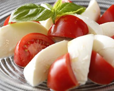 自社農園で育てた野菜や産直の新鮮野菜を使った料理が大人気のトラットリア◎