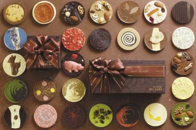 季節の素材を使った多彩なショコラをたっぷり堪能できるラインナップが人気!