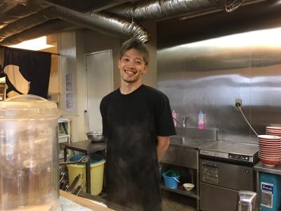 """""""二郎系""""人気ラーメン店でアルバイトスタッフを募集!"""