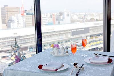 シティライフを演出する当ホテルならではのお料理と雰囲気が自慢です