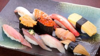 沼津港直送の新鮮なネタを使用した寿司店で接客のお手伝い♪