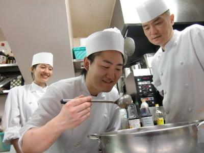 2017年11月、名古屋にオープン予定の火鍋専門店でキッチンスタッフ(料理長・シェフ候補)を募集!