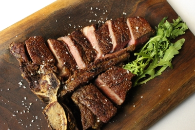 NY仕込みの熟成肉がウリの肉ダイニングでキッチンスタッフ募集!