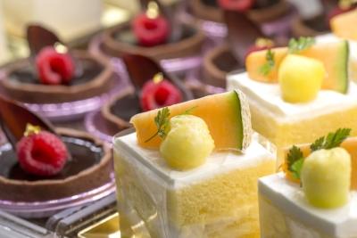 豊橋エリアで人気を集めるケーキ店でパティシエ募集!カフェ併設店舗です。