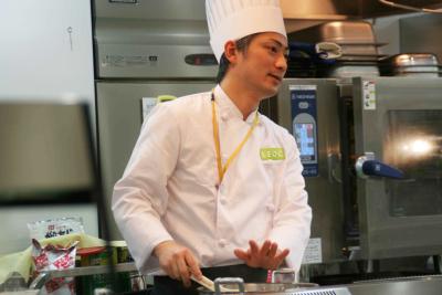 本社からのサポートスタッフとして、各施設を巡回していただける調理師さんを募集。