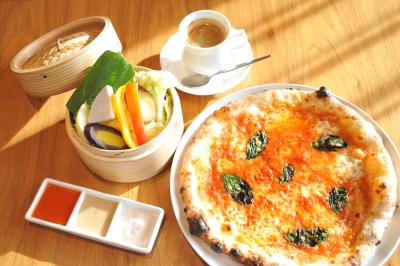 南河内産にこだわった地元野菜を絶対使用。イタリアと南河内のコラボレーションを実現したメニュー!