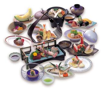 創業40年以上の歴史ある日本料理店「高千穂」。スキルを活かしながらメニュー作りにも携わってください。