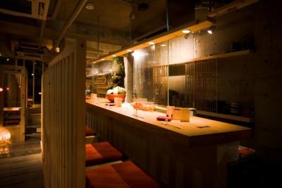 西川緑道と岡山の大自然をバックに、料理長としてご活躍を!