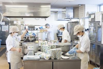 大人数の調理の経験があれば、大いに活かせますよ!