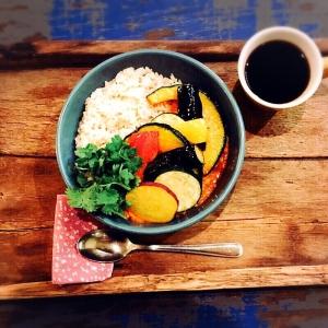 アパレル企業が運営する、代官山のオシャレなカフェでのキッチンスタッフ!洋食調理経験が活かせます♪